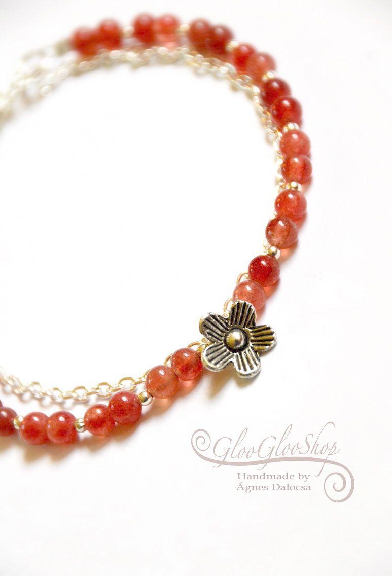 Virágzó eperkert... eperkvarc karkötő